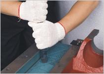 精湛的铲花技术,滑道接触承受面经过精雕细琢,精度越持久。